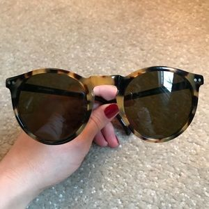 Vintage Round Tortoise Shell Sunglasses